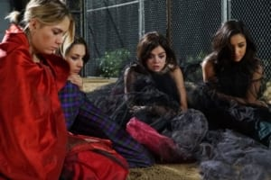The 8 worst Decisions made on Pretty Little Liars, I-IV