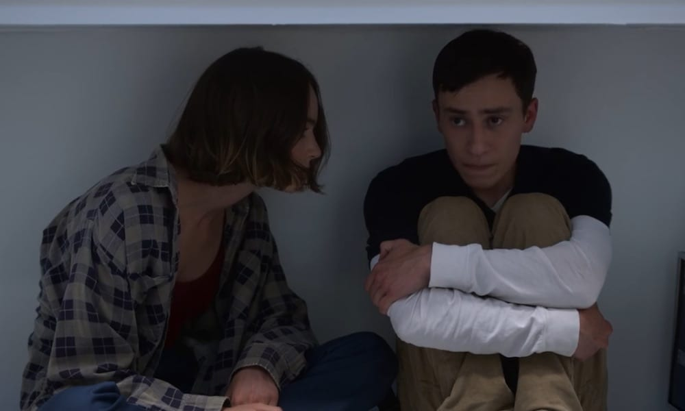 "Brigette Lundy-Payne as Casey Gardner and Keir Gilchrist as Sam Gardner in Atypical 2x08 ""Living at an Angle"""