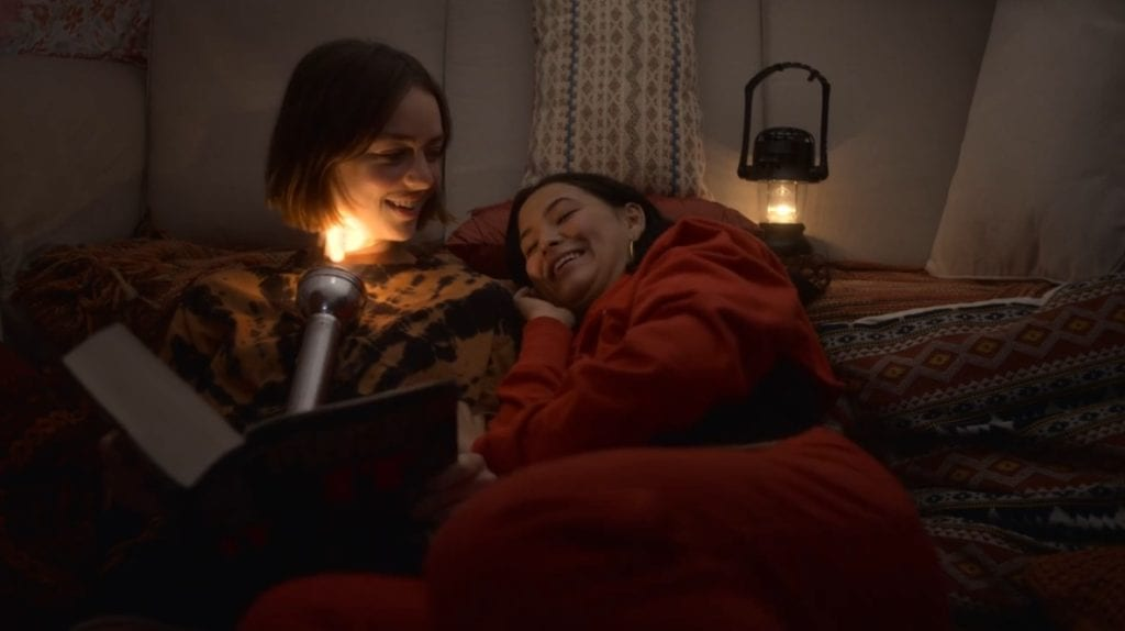 """Brigette Lundy-Payne as Casey Gardner and Fivel Stewart as Izzie in Atypical 2x06 """"In the Dragon's Lair"""""""