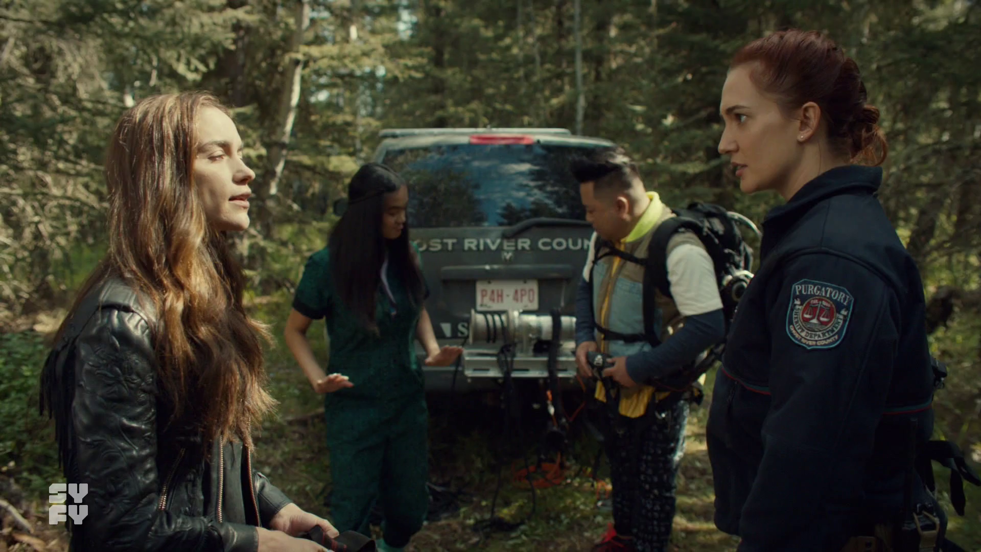 Wynonna and Nicole argue while Rachel and Casey back away