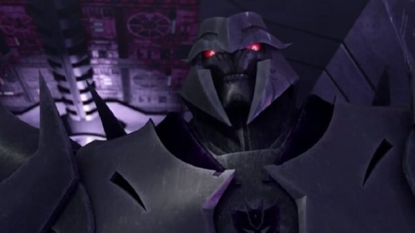 Megatron with red eyes in purple coloring